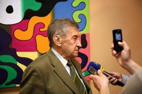 Bývalý podpredseda SNR a autor emailu s vyhrážkou Ján Majer.