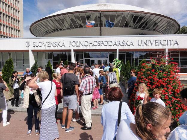 Aula Slovenskej poľnohospodárskej univerzity, ktorá sa ocitla na poštovej známke.