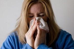 Akútne respiračné ochorenia trápia stále viac Hornonitranov.