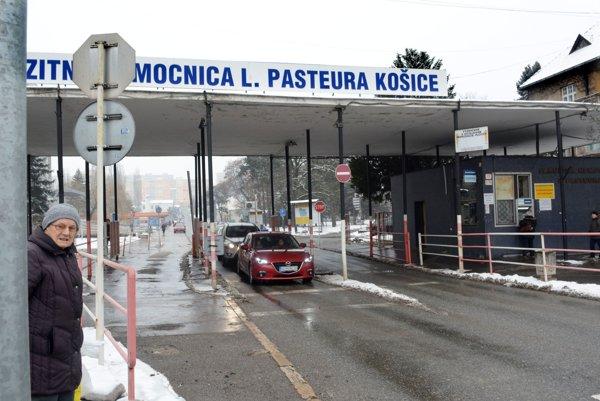 V Košiciach. SBS si objednali na zimu.
