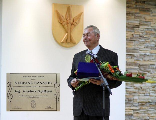 Jozef Fojtík dostal čestné uznanie primátora mesta Vráble.