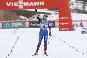 Poľská bežkyňa na lyžiach Justyna Kowalczyková sa stala jasnou víťazkou sobotňajšieho skiatlonu na 2 x 7,5 kilometra na podujatí Svetového pohára v Pjongčangu v Kórejskej republike.
