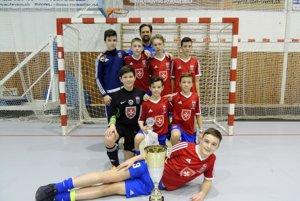 Mladí Komárňania prehrali až vo finále aobsadili na medzinárodnom turnaji pekné druhé miesto.