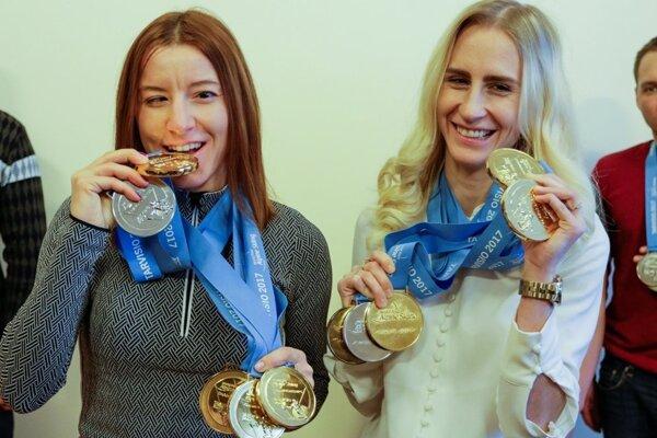 Henrieta Farkašová sNatáliou Šubrtovou (vpravo) zažili najúspešnejší šampionát vkariére.