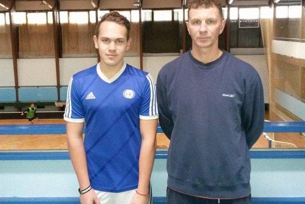 Timotej Kubica s trénerom Štefanom Kavuliakom.