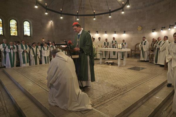 Svätá omša v Kostole rozmnožovania chlebov a rýb.