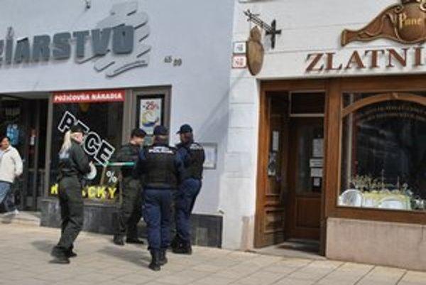Zlatníctvo Punc. V apríli 2012 ho prepadli štyria muži.