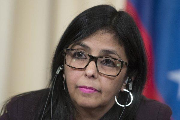 Venezuelská ministerka zahraničných vecí Delcy Rodriguezová označila správy CNN za vedenie vojny.
