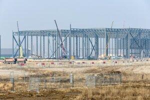 Výstavba vo februári 2017.