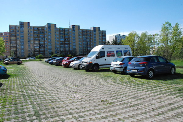 Na parkovisku vlokalite Pri kríži malo vyrásť 68 náhradných nájomných bytov.