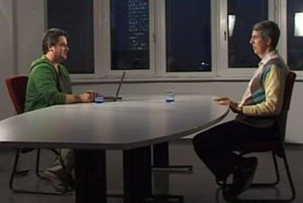Bývalý predseda Strany maďarskej koalície Béla Bugár v diskusii s Karolom Sudorom.
