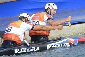 Olympijskí víťazi Ladislav a Peter Škantárovci sa tešili v Austrálii z víťazstva.