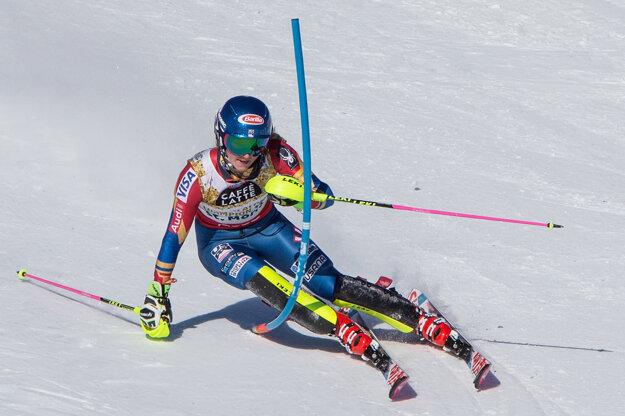 Mikaela Shiffrinová predviedla v prvom kole najrýchlejšiu jazdu.