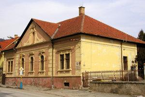 Gemerské osvetové stredisko.