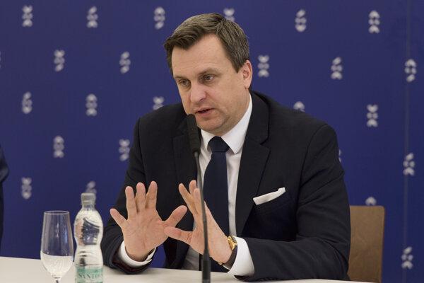 Na snímke predseda NR SR Andrej Danko počas tlačovej konferencie 21. februára 2017 v Bratislave.