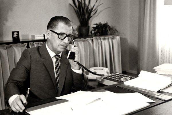 Ľubomír Štrougal má teraz 92 rokov.