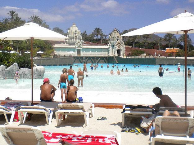 Na Tenerife si môžete užiť ohromné aquaparky.