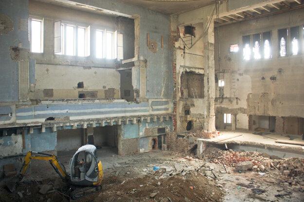 Stav rekonštrukcie v roku 2013.
