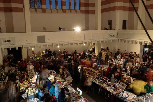 Vianočný Malý trh v Novej synagóge.