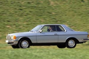 Mercedes-Benz C 123