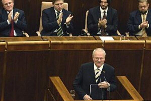 Ivan Gašparovič počas minuloročného vystúpenia v parlamente.