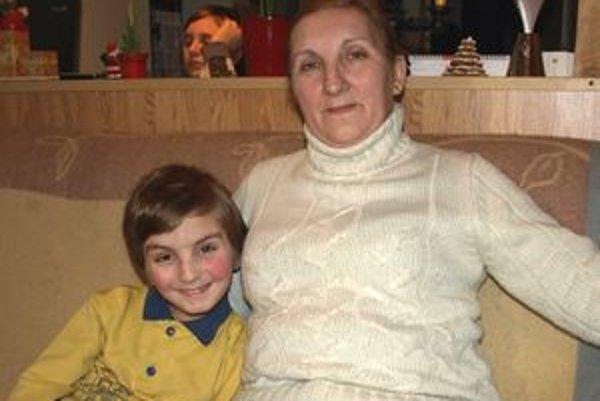 Eva Bojtošová si vnuka zobrala z detského domova.