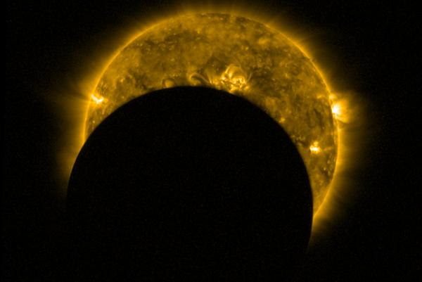 Čiastočné zatmenie Slnka z dňa 26.2. 2017 (ilustračné foto).