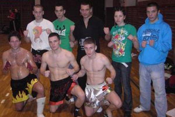 Prievidzskí kickboxeri potvrdli v Senici svoje kvality.