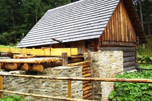 Jeden zobjektov, ktorý vrámci projektu zrekonštruujú vMúzeu oravskej dediny vZuberci.