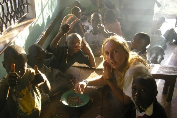 So svojimi zverencami. Daria dáva deťom šancu na lepší život.