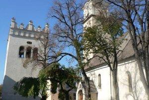 Kostol sv. Egídia je najvzácnejšou historickou pamiatkou v centre Popradu.