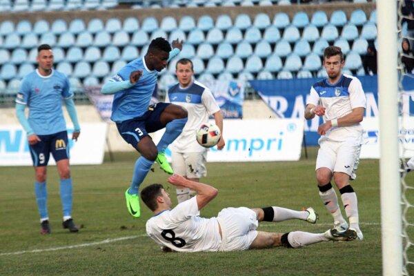 Nitra bola jasne lepšia, v zápase s Martinom na ihrisku dominovala.