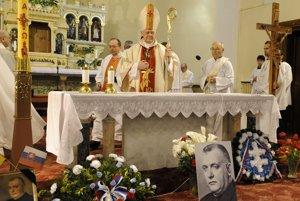 Arcibiskup Sokol slúžil omšu za Jozefa Tisa