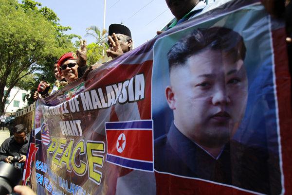 Malajzíčania protestovali proti postupu KĽDR v cele kauze.