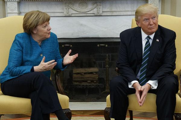 Nemecká kancelárka Angela Merkelová a americký prezident Donald Trumpo počas stretnutia.
