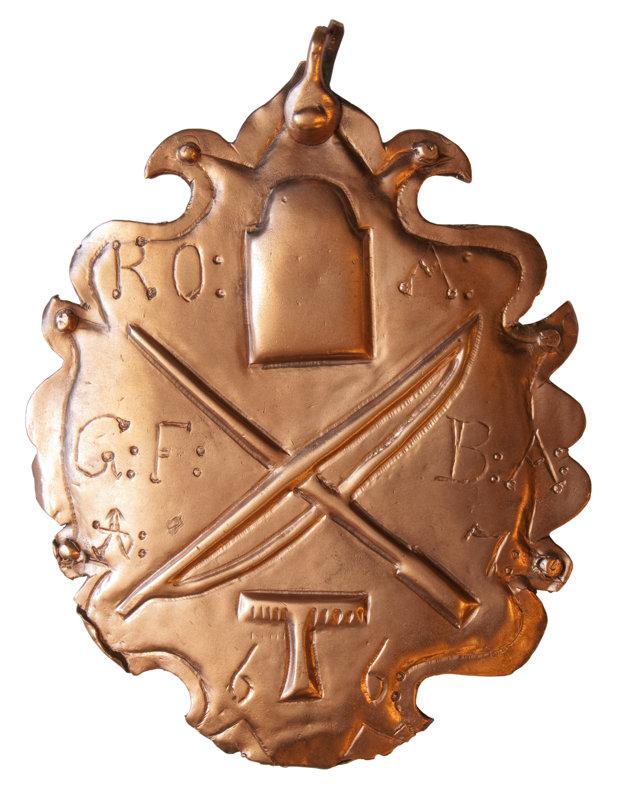 Zvolávacia tabuľka cechu klobučníkov, 1766. Zbierkový fond Baníckeho múzea vRožňave.