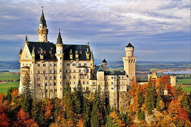 Zámok Neuschwanstein, Bavorsko, Nemecko.