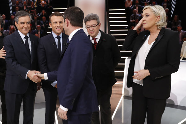 Francúzski kandidáti pred televíznou debatou.