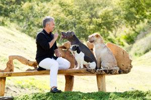 Cesar Millan si už v detstve lepšie rozumel so psami ako s ľuďmi.