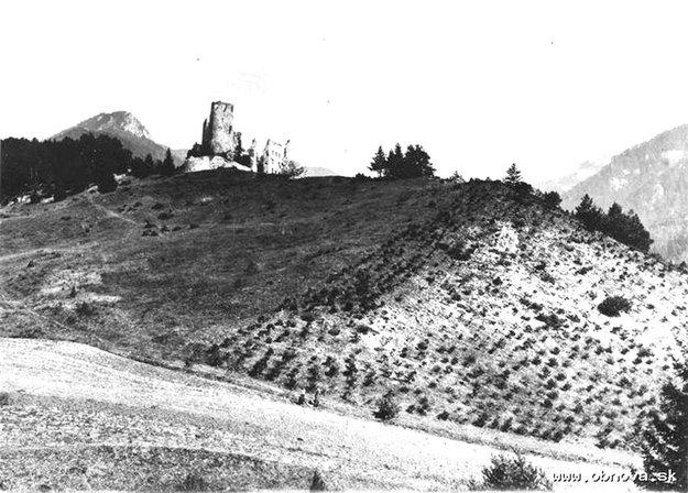 Takýto bol pohľad na hrad pred mnohými desaťročiami