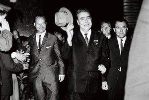 Na rokovanie komunistických a robotníckych strán v Bratislave 3. augusta 1968 pricestovala sovietska stranícka delegácia vedená prezidentom Leonidom Brežnevom. Záber z rozlúčky sovietskych a slovenských politikov.