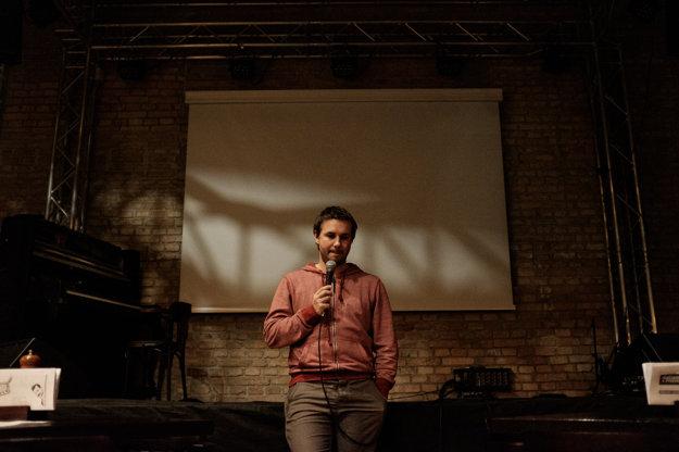 Najúspešnejšou akciou filmového klubu Priestor bolo premietanie dokumentárneho filmu Nespoznaný o Richardovi Mullerovi za účasti režiséra Mira Rema.