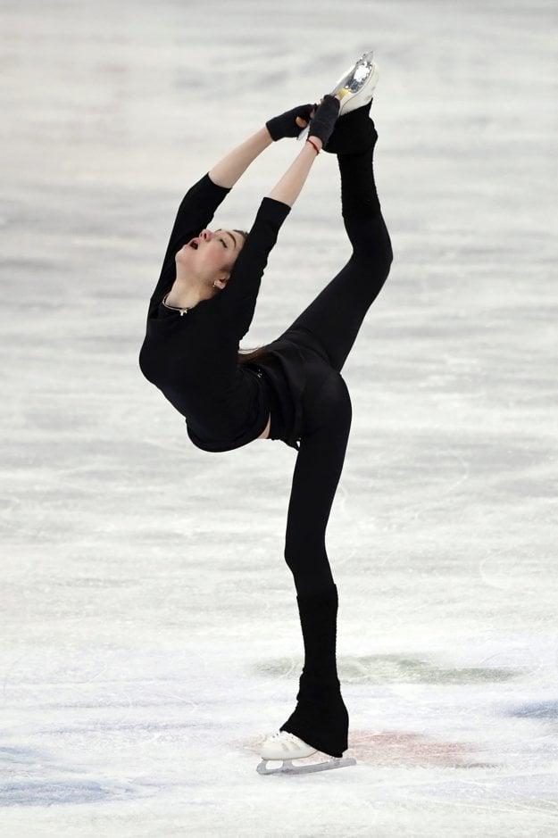 Jevgenija Medvedevová je na čele po krátkom programe.