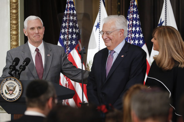 David Friedman a Mike Pence.