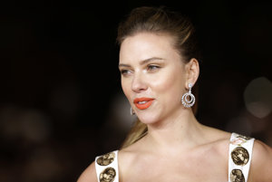 Scarlett Johanssonová.