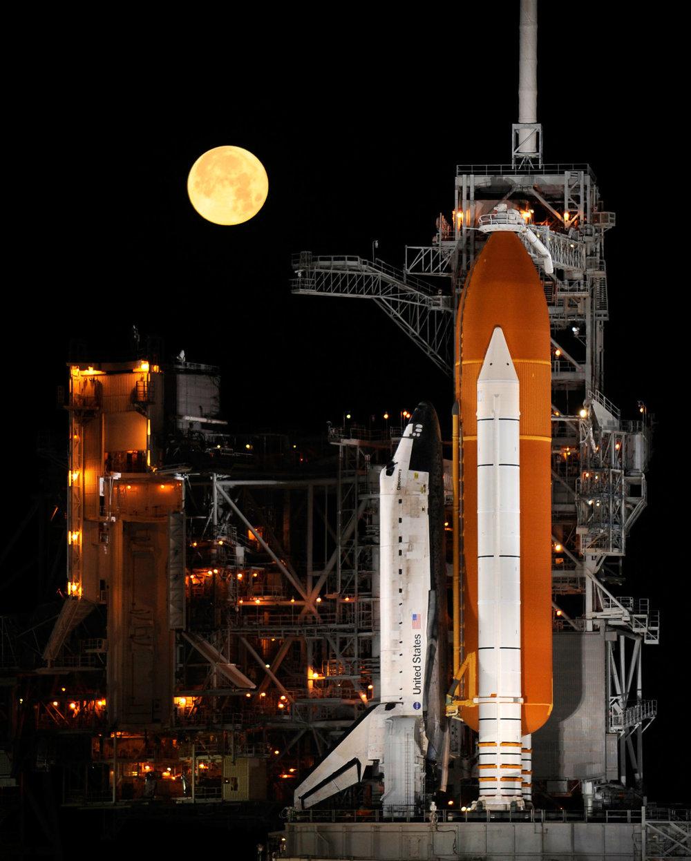 Spln počas prípravy misie Discovery.