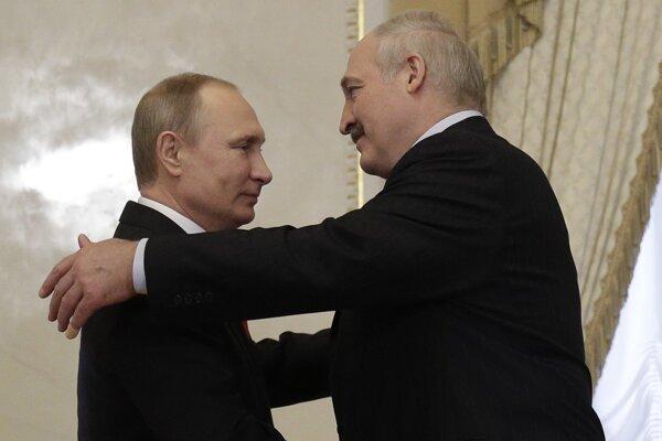 Bieloruský prezident Alexander Lukašenko a ruský prezident Vladimír Putin.