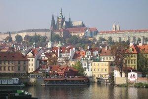 Ztohoven nestoja iba za prvou kaviarňou svojho druhu, ale aj za známym umeleckým výstrelkom - na Pražskom hrade miesto prezidentskej štandardy viali trenírky.