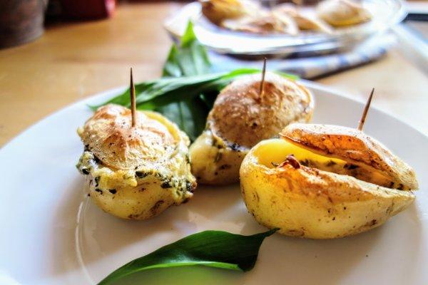 Pôstne plnené pečené zemiaky