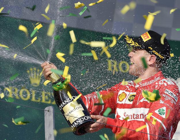 V Austrálii sa Sebastian Vettel tešil z víťazstva.